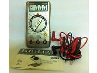 DIGITAL MULTIMETER UT30B ( NEW IN BOX ) HOBBY / IDEAL GIFT - BARGAIN FOR £ 7.50