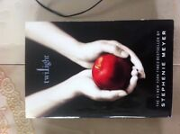 Twilight (soft cover BOOK)