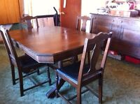 Antique 1920's Dining Table Set