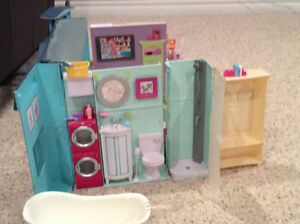 Barbie house Kingston Kingston Area image 3