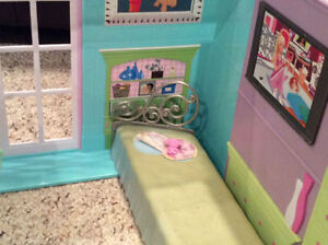Barbie house Kingston Kingston Area image 5
