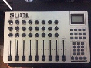Evolution UC-33 U-Control