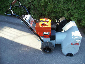 6hp Sears Craftsman Snowblower / Excellent Working Condition