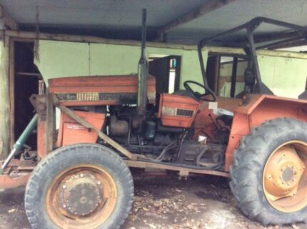 ***Price reduced*** Tractor with blade and slasher Dirty Creek Coffs Harbour Area Preview