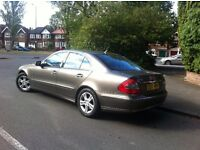 A VERY NICE MERCEDES E220 CDI AVANTGARDE IN A RARE INDRIUM GREY WITH FULL SERVICE HISTORY.