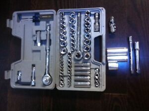 60 Piece Craftsman 3/8inch and 1/2inch Drive  Socket Set