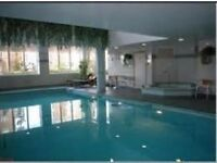 !1 LUXURY ROOM IN ISLAND GARDENS WITH GYM AND SWINNINGPOOL INCL ON THE PRICE!