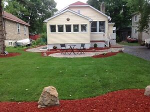JUNE OR JULY AYLMER BUNGALOW RIVERVIEW VUE DE LA RIVIERE!