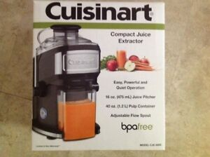 CUISNART COMPACT JUICE EXTRACTOR (save $60)
