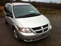 2006 Dodge Caravan safetied and etested  127000kms