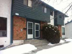 NW Rooms for Rent - Dalhousie / Crowfoot LRT
