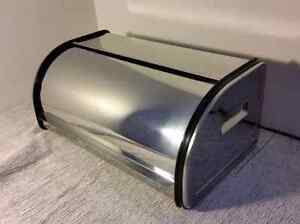 Stainless Steel Rolltop 2-Loaf Bread Box / Boite à Pain