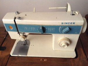 SINGER SEWING MACHINE WITH CUSTOM BUILT TABLE