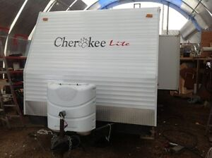2005 FOREST RIVER CHEROKEE LITE 28 BUNK HOUSE TRAILER