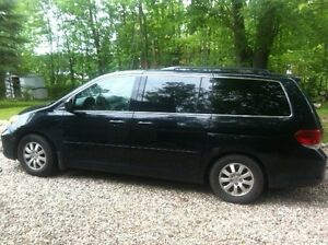 2008 Honda Odyssey EX-L Minivan, Van SALE OR TRADE (small car)