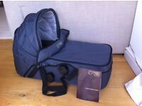 Mountain Buggy Swift & Mini Carrycot / Moses Basket