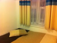 Single Room with Double bed Fully Furnished 2 Weeks Deposit Only All Bills Included !!
