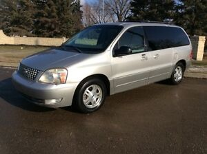 2005 Ford Freestar, LIMITED, AUTO, LEATHER, CLEAN CARPROOF!