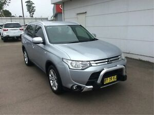 2014 Mitsubishi Outlander ZJ MY14.5 ES 4WD Silver 6 Speed Constant Variable Wagon Cardiff Lake Macquarie Area Preview