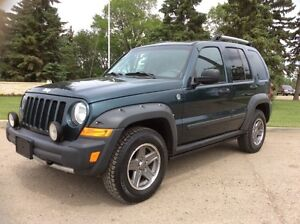 2005 Jeep Liberty, RENEGADE-Pkg, AUTO, 4X4, LOADED/ROOF, $6,500