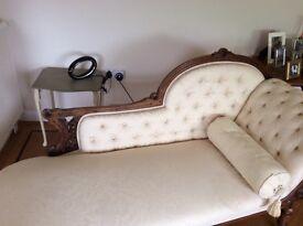 Chaise Longue - Late Victorian/early Edwardian. Stylish & beautiful & useful