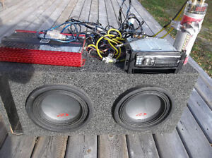 alpine car stereo and amp , 2 10 inch subs
