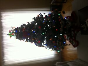 6.5 FOOT CHRISTMAS TREE PLUS LED LIGHTS