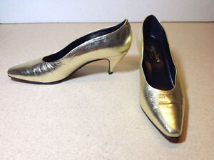 Town Shoes brand metallic leather heels - size 8.5