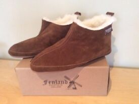Sheepskin Slipper Boots by FENLAND. Size 9/10