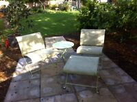 Garden chairs & table set
