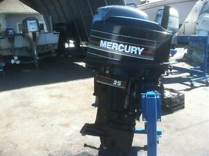 MERCURY 25 HP LONG SHAFT PROP & FUEL TANK SOLD PPU