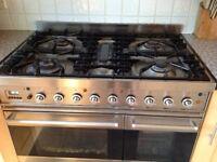 Full Shaker Kitchen + Britannia Oven + Fridge Freezer: Great working condition