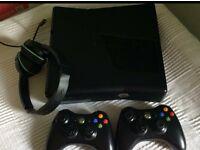 Xbox 360 & games bundle & extras