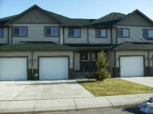 3 Br. Townhouse for rent, Airdrie, AB
