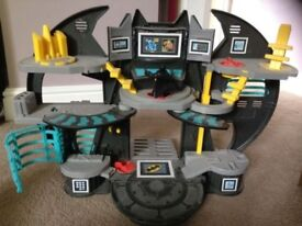 Batman imagnex cave with figures