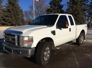 2008 Ford F-250, XLT-Pkg, AUTO, 4X4, LOADED, $12,500