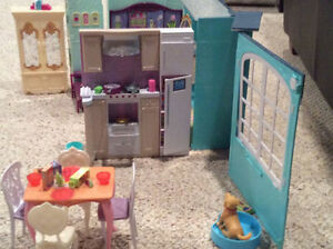 Barbie house Kingston Kingston Area image 2