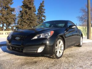 2010 Hyundai Genesis, LIMITED-PKG, AUTO, LEATHER, ROOF!