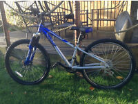 Kids bike for age 6-9, Shimano gears, front disc brake, mountain bike style good condition