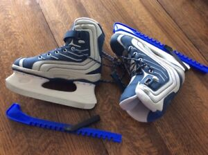 WOMEN'S SKATES WITH GUARDS