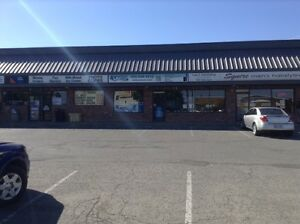 GREAT RETAIL COMMERCIAL LOCATION -- SCOTT ST. & LAKE ST