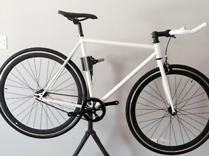 *Cadre Chromoly* Fixie / single speed Neuf  55cm fixed gear