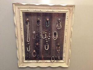 cadre bois de grange support à bijoux, à vêtement, à cravate...