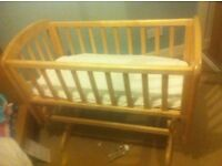 John Levis Swinging Crib in Excellent Condition