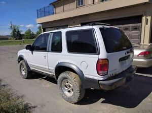 Lifted 4x4 1998 Ford Explorer Sport
