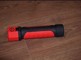 TITAN Heavy Duty Torch - Lantern, Hook up or Magnetic, BNIB, £8,