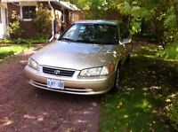 2000 Toyota Camry LE - Low mileage!