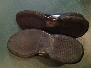 2 x men's rubber gripsole overshoes - size 7 1/2 & size 8 **NEW Cambridge Kitchener Area image 6
