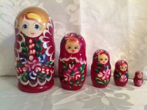 Hand Painted Wooden  Russian Nesting Dolls Set of 5