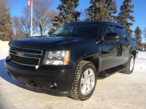 2009 Chevrolet Avalanche, LT, AUTO, 4X4, LEATHER, ROOF, $15,500